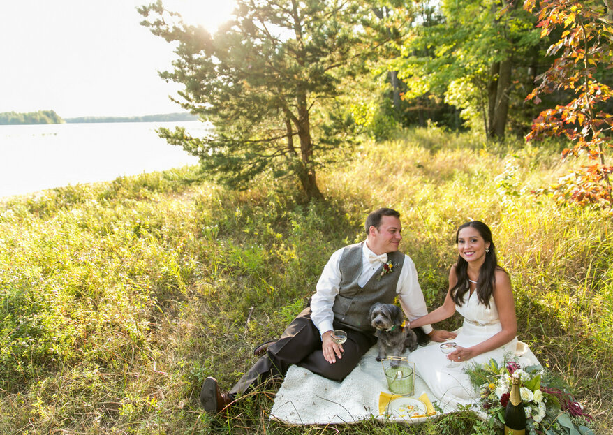 Donna and Josh's Lakeside Cottage Elopement