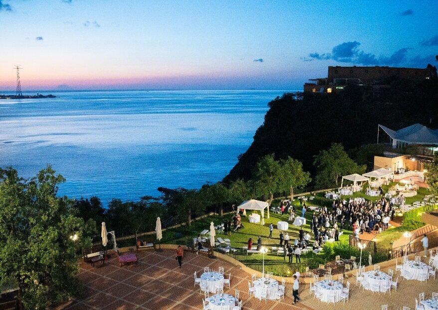 """Altafiumara Resort&Spa: un matrimonio """"esperenziale"""" e sui toni del viola"""