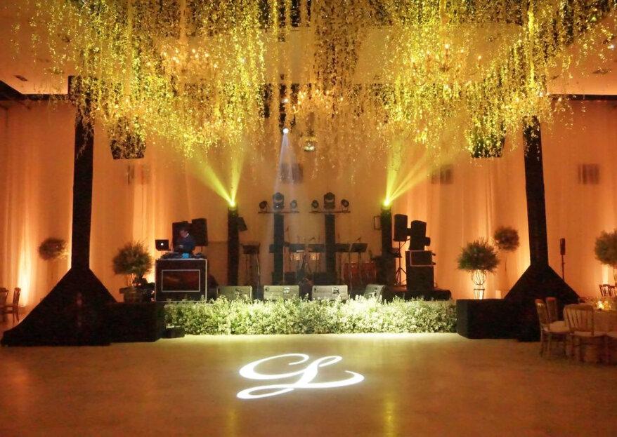 La ambientación perfecta: luz y sonido de tu boda en Cartagena, con Playa Producciones