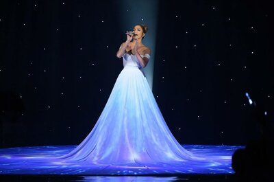 Jennifer López y su vestido-pantalla causan sensación en American Idol