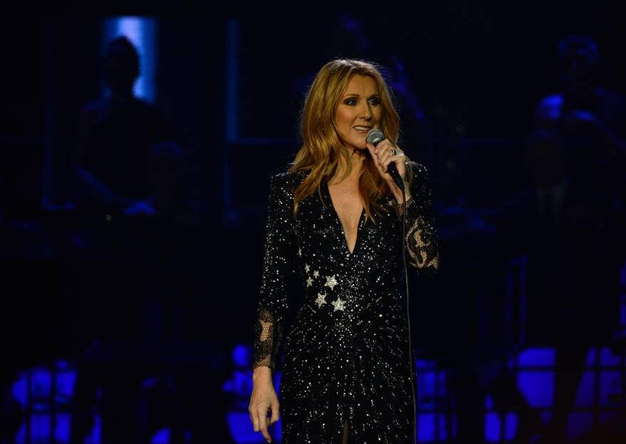 "Celine Dion ""invade"" casamento e surpreende os noivos!"