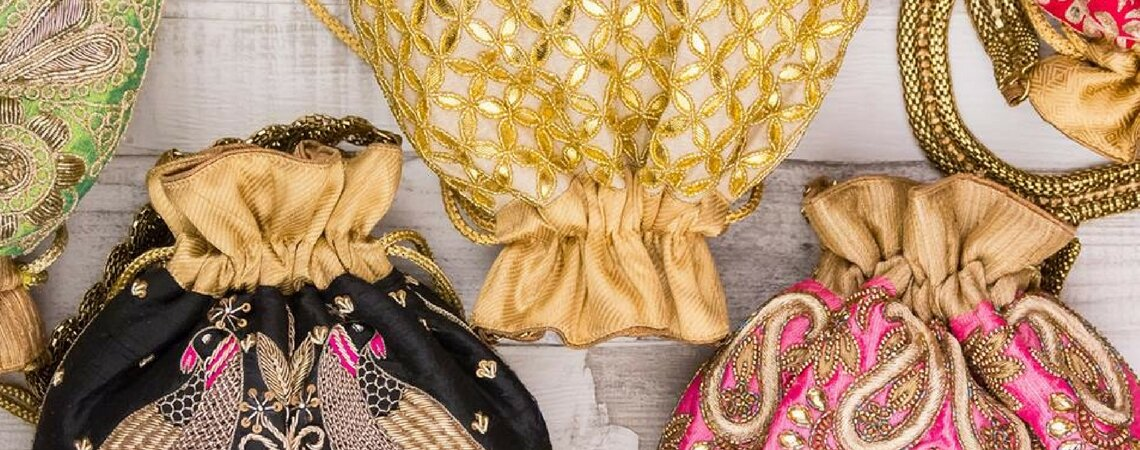 5 Best Mehndi Favors: Wow Your Guests With Beautiful Gifts