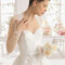 Hochzeits-Kleid: Brautkleid mit langen Ärmeln mit floralen Mustern