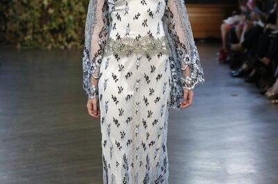 Claire Pettibone otoño 2015: Vestidos de novia inspirados en preciosas catedrales góticas y tejidos metalizados