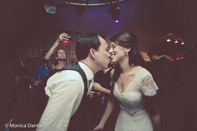 Carolina & Rodrigo: mini wedding informal e divertido no Rio de Janeiro