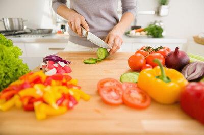 Eventos sociales, bodas y comidas fuera: Los mejores tips para cuidar tu dieta