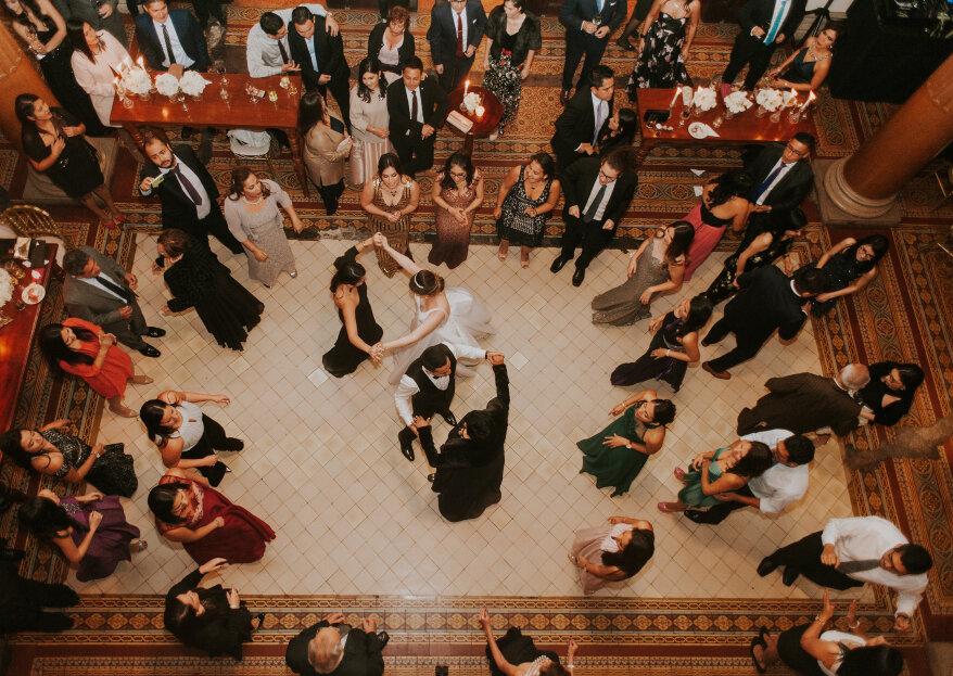 Música para bailar en tu matrimonio: 95 canciones y ¡garantiza la diversión!