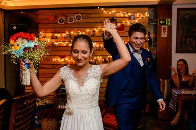 Ellen & Alexis: casamento com estilo de BOTECO, multicolorido e super carioca!