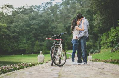 Dinámica, divertida y al aire libre: Échale un vistazo a la sesión de fotos pre boda de Martha y Edgar