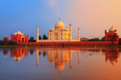 An exotic honeymoon in India: Magic, Color and Diversity