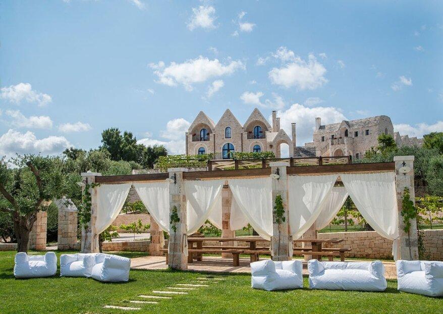 Ottolire resort, dove il bianco dei trulli si perde tra il verde degli ulivi, un'antica ed elegante tenuta apre le sue porte alle vostre nozze da sogno
