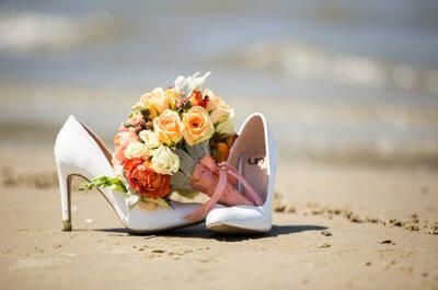 ¿Una novia con tacones en la playa? ¡Es posible!