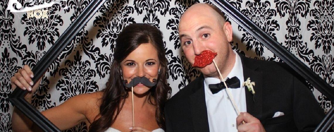 Boostez l'ambiance de votre mariage avec La Selfie Box