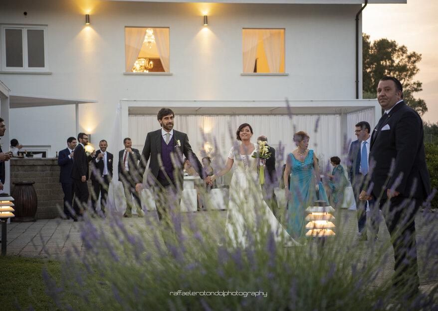 Una location di nozze immersa nella natura e nel mito: benvenuti a Tenuta Re Ferdinando!