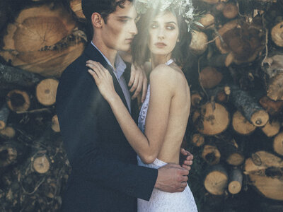 Lost In The Woods: um style shoot inspirador e fascinante de Makemyday Weddings