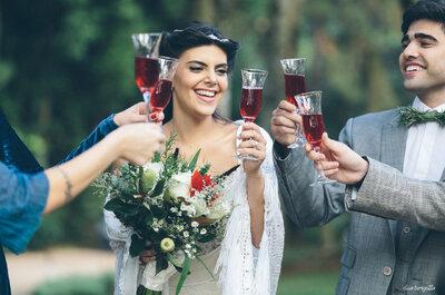 Editorial cool é inspiração máxima para casamento em casa rústico-chic