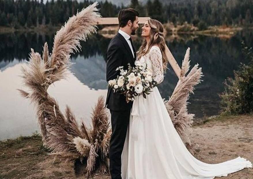 Пампасная трава в свадебном декоре: 15 идей для вдохновения!