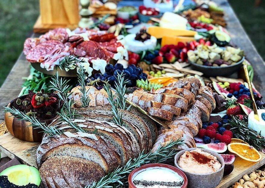 Un banquete para la vista: las mesas de abundancia son el nuevo éxito en las bodas