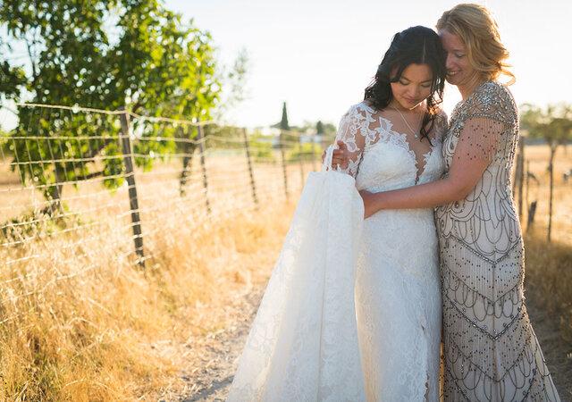 Como combinar a indumentária dos noivos homossexuais e arrasar no Grande Dia!