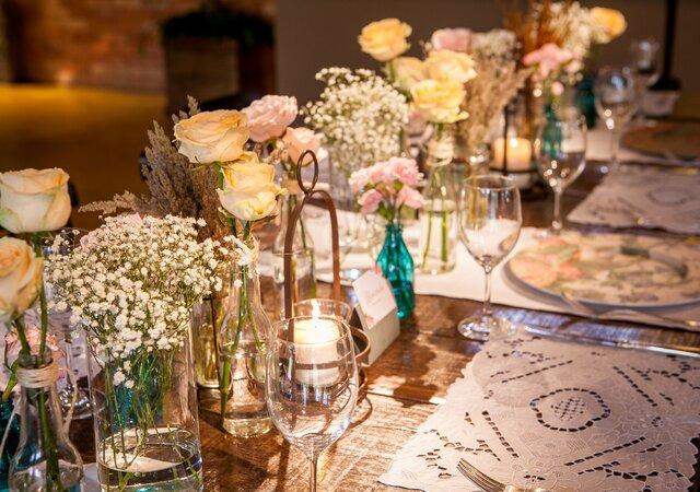 In Joy - Boutique de Eventos: decorando de pequenos a grandes eventos, atendendo o cliente e fazendo seu sonho se concretizar.