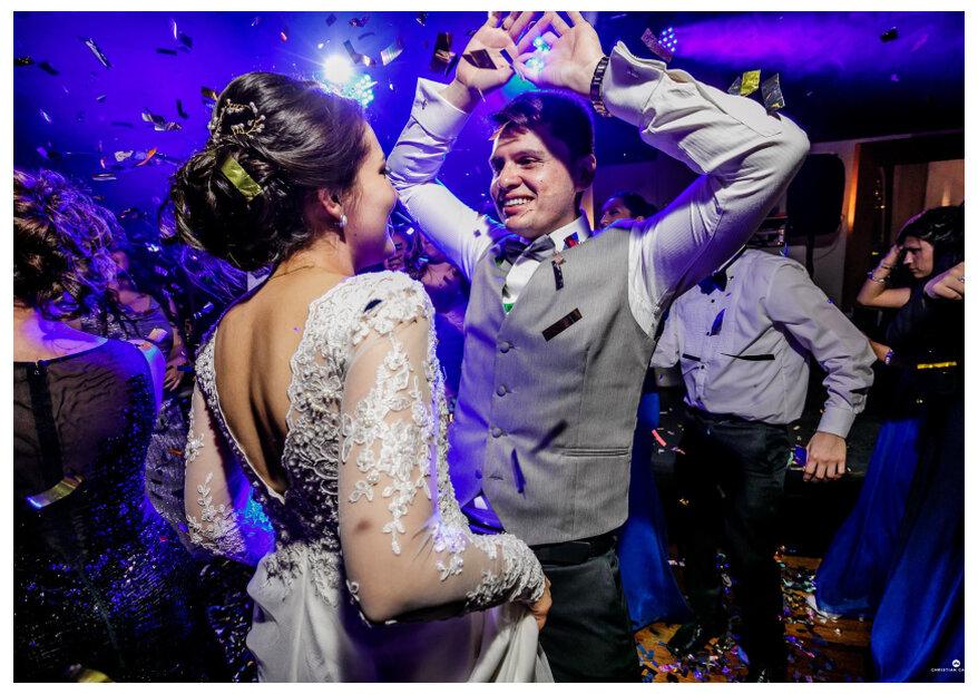 É fã de rock? Estas 7 músicas são perfeitas para a primeira dança como casados!