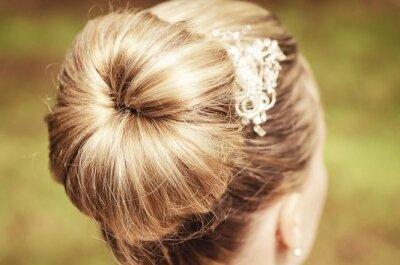 Die schönsten Frisuren zur Hochzeit – verführerisch schöne Haare für jede Braut