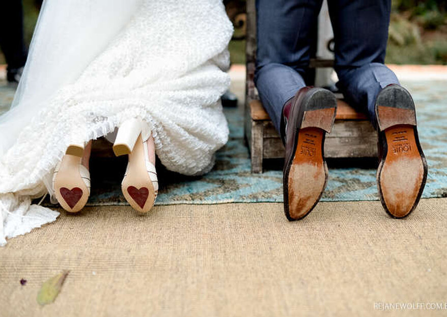 10 Frases lindas para escrever na sola do sapato de noiva