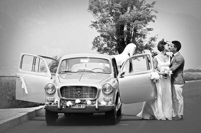 Fiori freschi per decorare il tuo matrimonio: non solo centrotavola e bouquet