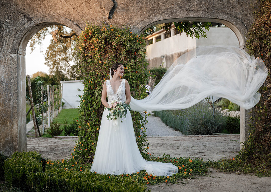 Como escolher o vestido de noiva para uma cerimónia religiosa: os 6 aspetos fundamentais