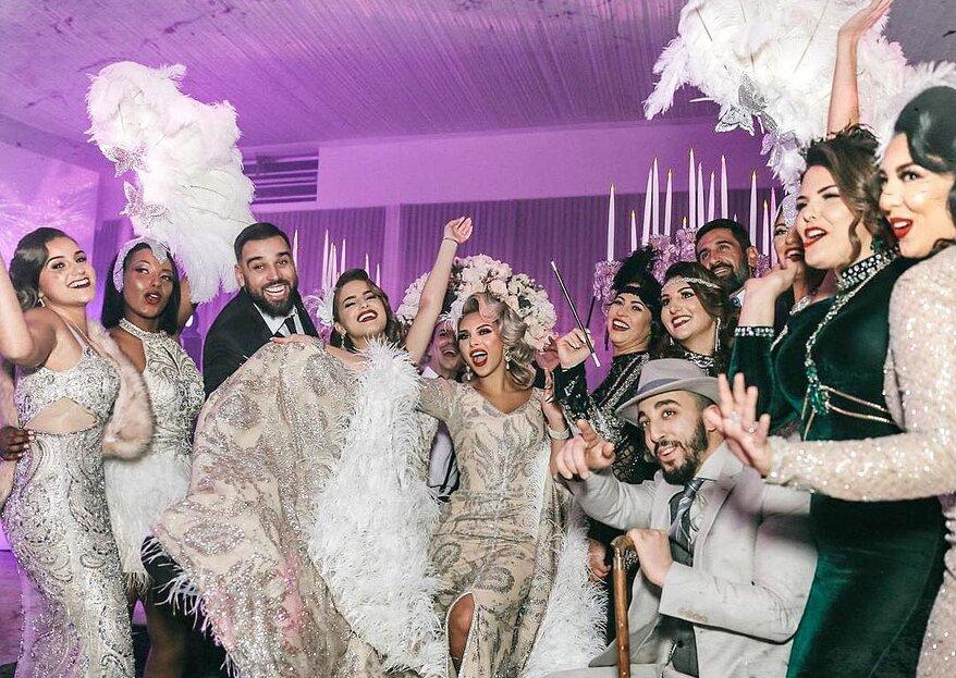 Gold, Glanz und Glamour: So feiern Sie Ihre 20er Jahre Hochzeit