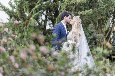 Casamento ao ar livre em Tiradentes de Karina e Pedro: noiva deslumbrante em cenário dos sonhos!