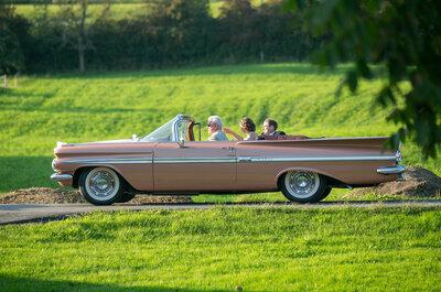 5 razones por las que alquilar un coche para ir a la boda de tu mejor amigo