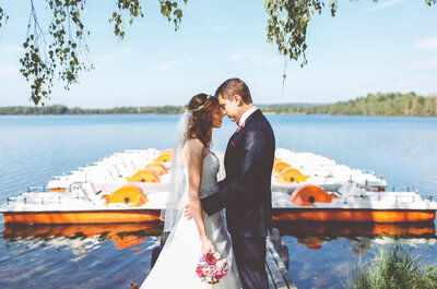 So umwerfend heirateten Stephi & Michael im Hesperidengarten in Regensburg!