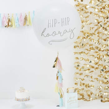 Globo borlas Hooray- Compra en The Wedding Shop