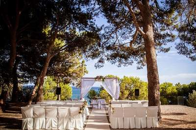 Help! I need a Spanish Wedding Planner