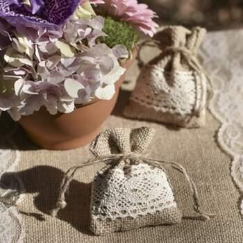 Sachets En Jute Avec Dentelle 4 Pièces - The Wedding Shop !