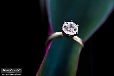 Hermosas fotografías a detalle del anillo de compromiso