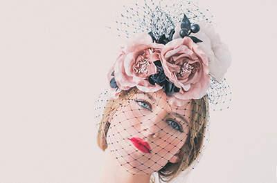 Accesorios para invitada: los mejores tocados para bodas de la temporada
