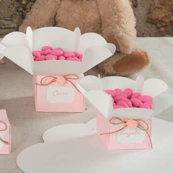 Caja de flores rosa 10 unidades  - Compra en The Wedding Shop