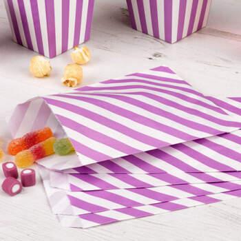 Sobres decorativos en blanco y lila 25 unidades- Compra en The Wedding Shop
