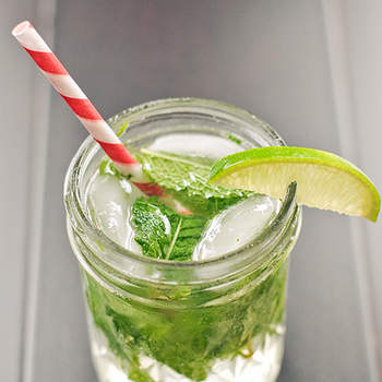 My favourite! Rum, mint leaves, lime, brown sugar and crushed ice -       Photo: acupofmai
