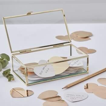 Livre D'or À Coffret Avec Des Cœurs Mariage D'or - The Wedding Shop !