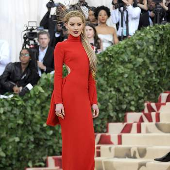 Amber Heard em Carolina Herrera | Foto: Cordon Press