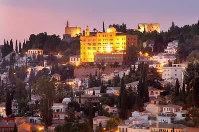 Saca tu lado más romántico con una deliciosa boda en Granada