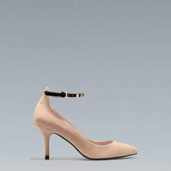 Una mirada a la colección Zara Otoño-Invierno 2012-2013 de calzado para invitadas. Fotos de Zara