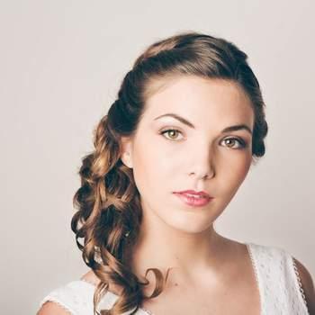 Credits: Beauty art coiffure - Olivier Ramonteu