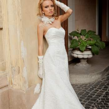 Robe de mariée Oksana Mukha 2012, modèle Jenny. - Source : Oksana Mukha