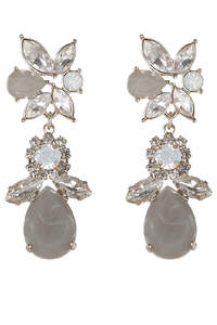 Simple yet Elegant Bridal Jewelry