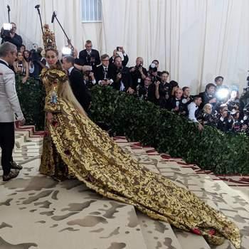 Sarah Jessica Parker em Dolce & Gabbana | Foto: IG Met