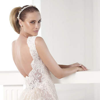 """<a href=""""http://zankyou.9nl.de/zyii"""">Request an appointment here to try on the new 2015 collection by Pronovias.</a>"""